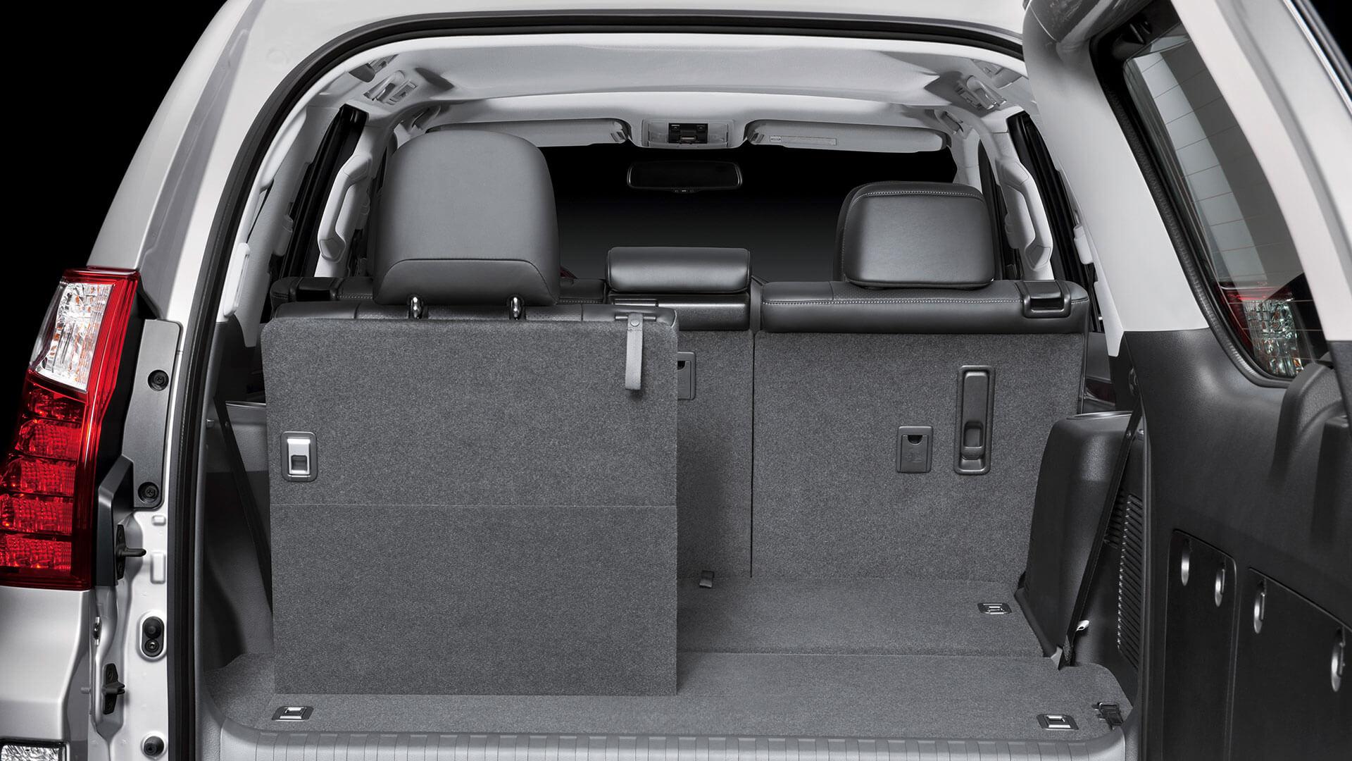 2017 lexus gx 460 features seat flexibility