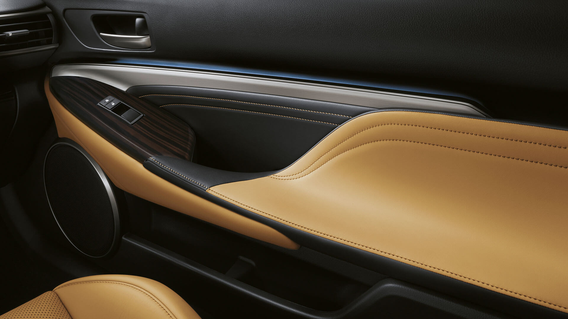 2017 lexus rc gallery 011 interior