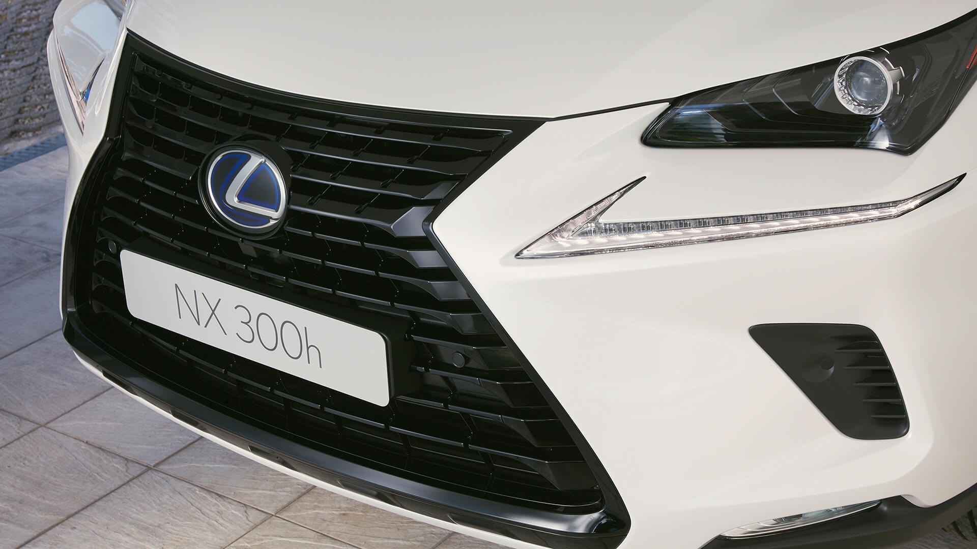 2019 lexus nx experience grille