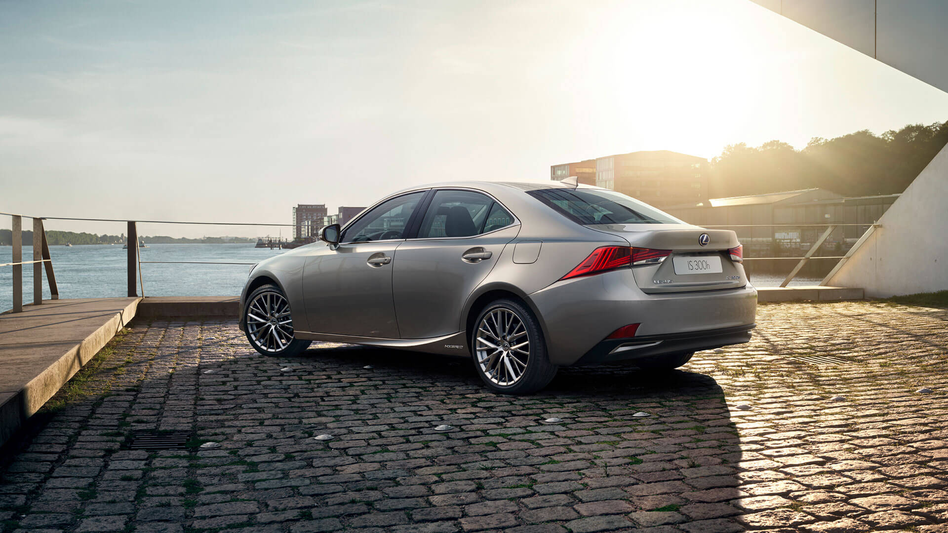 2017 lexus is gallery 009 exterior