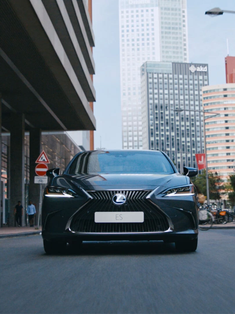 2019 lexus es driven by intuition cinemagraph designed to respond fallback