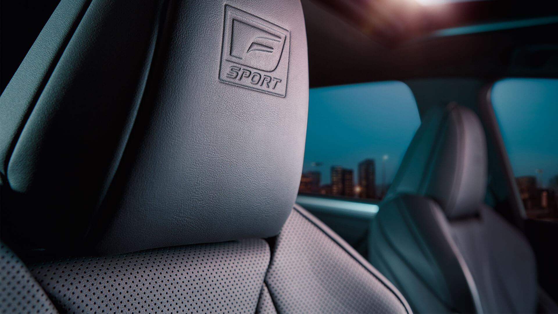 2019 lexus es hybrid experience feature leather seats