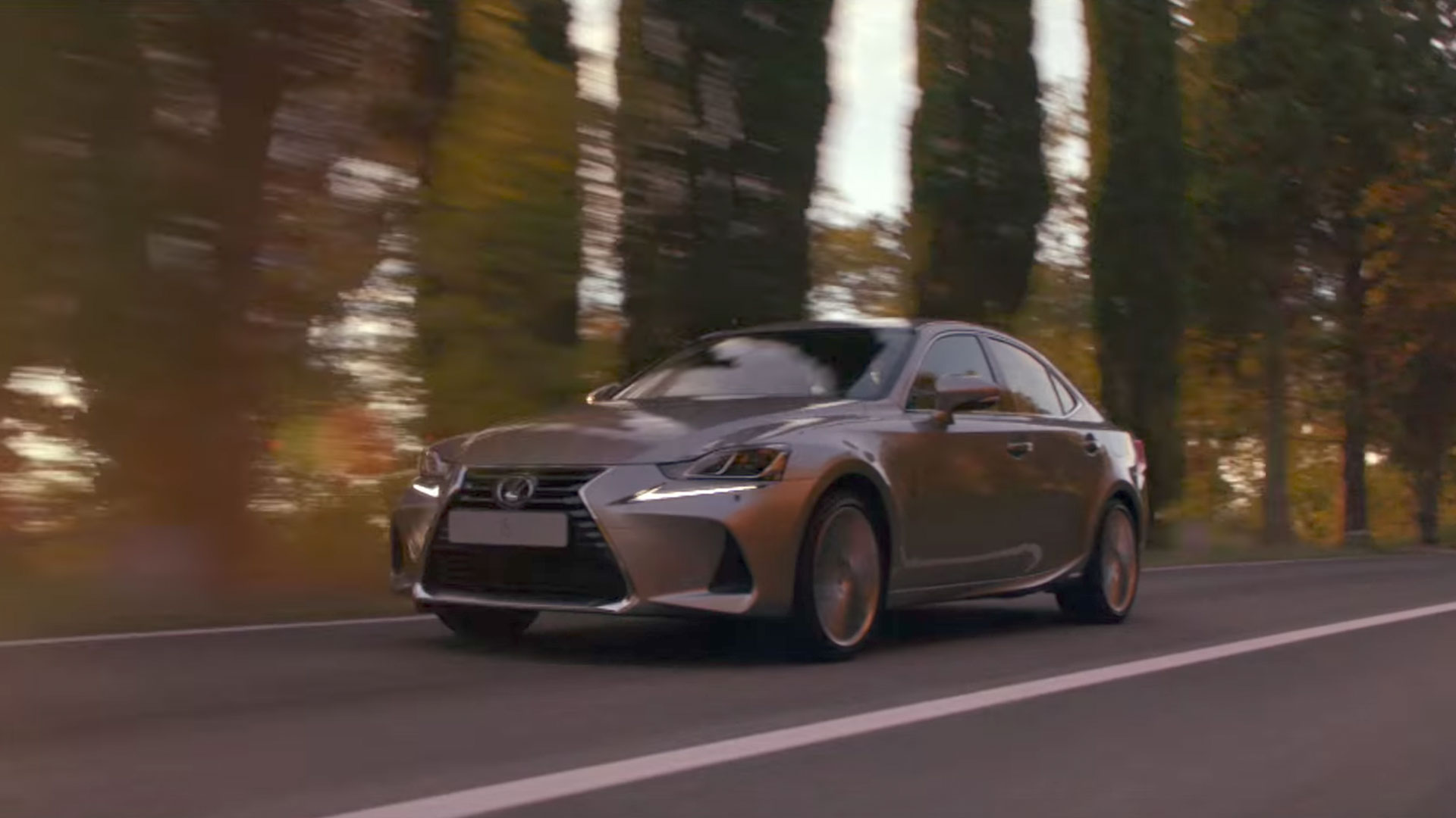 2017 lexus is 300h campaign