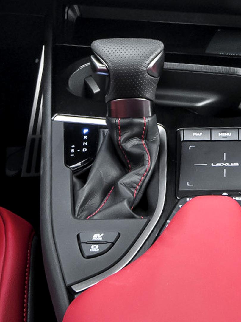 UX geneva interior 810x1080 1