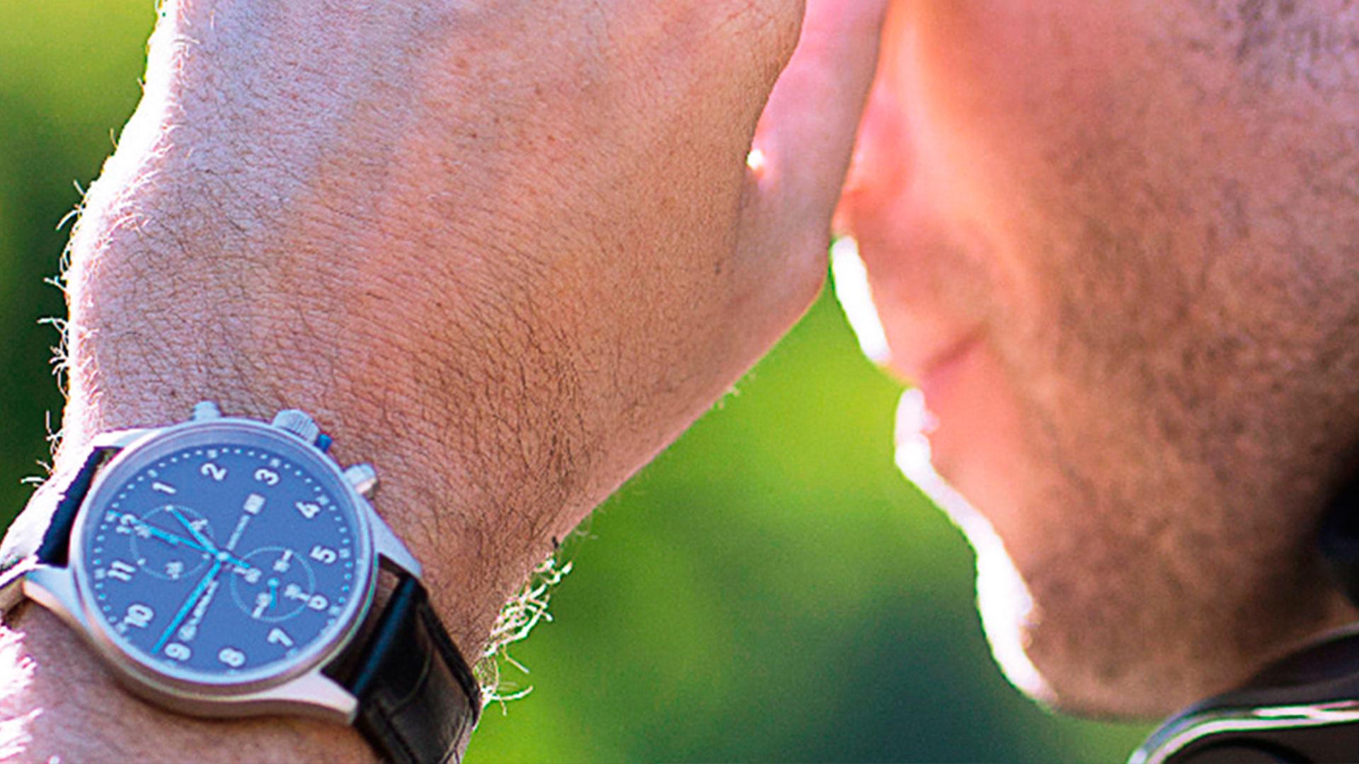 Relojes y auriculares en la primera boutique de Lexus en España