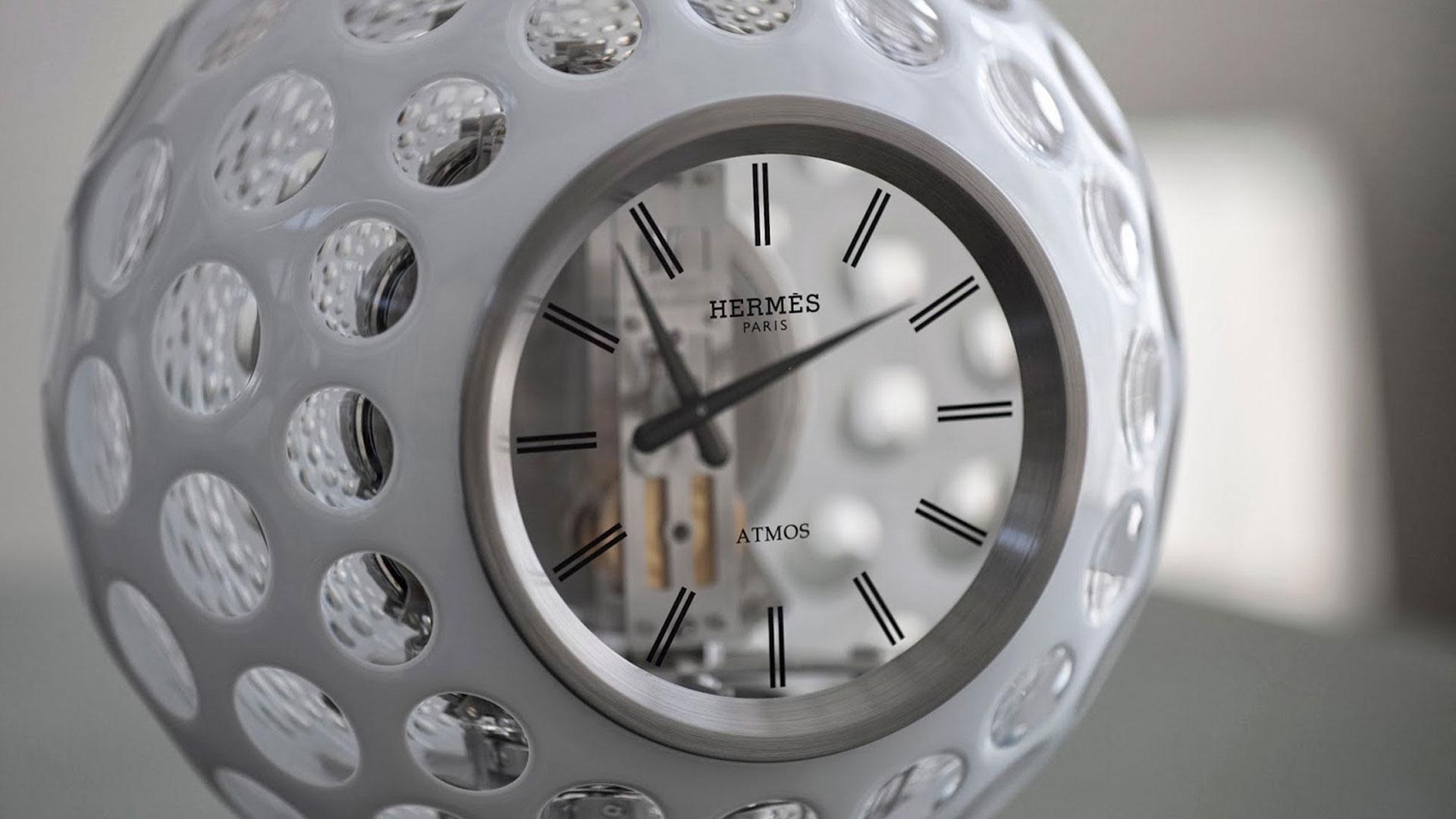 Reloj atmos hero asset