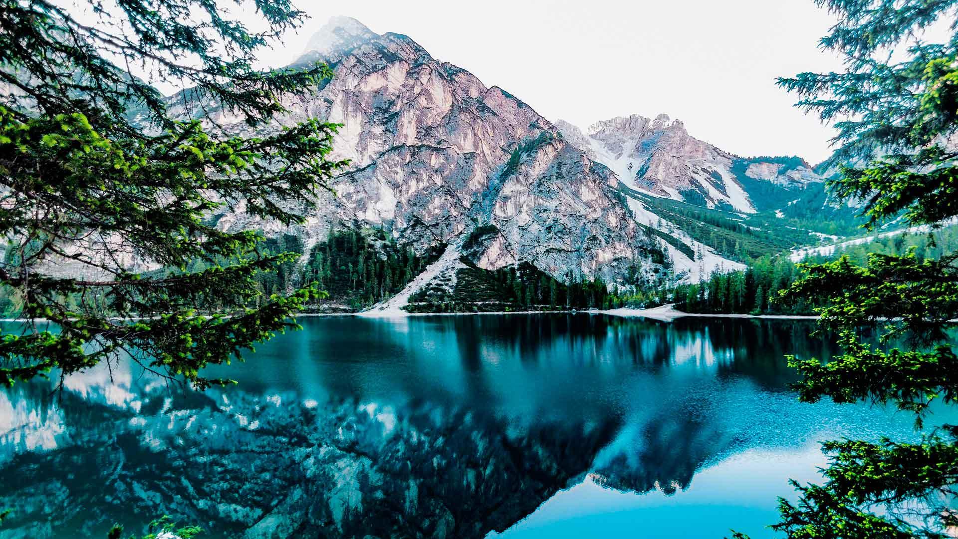 Alpinistas y emprendedores hero asset