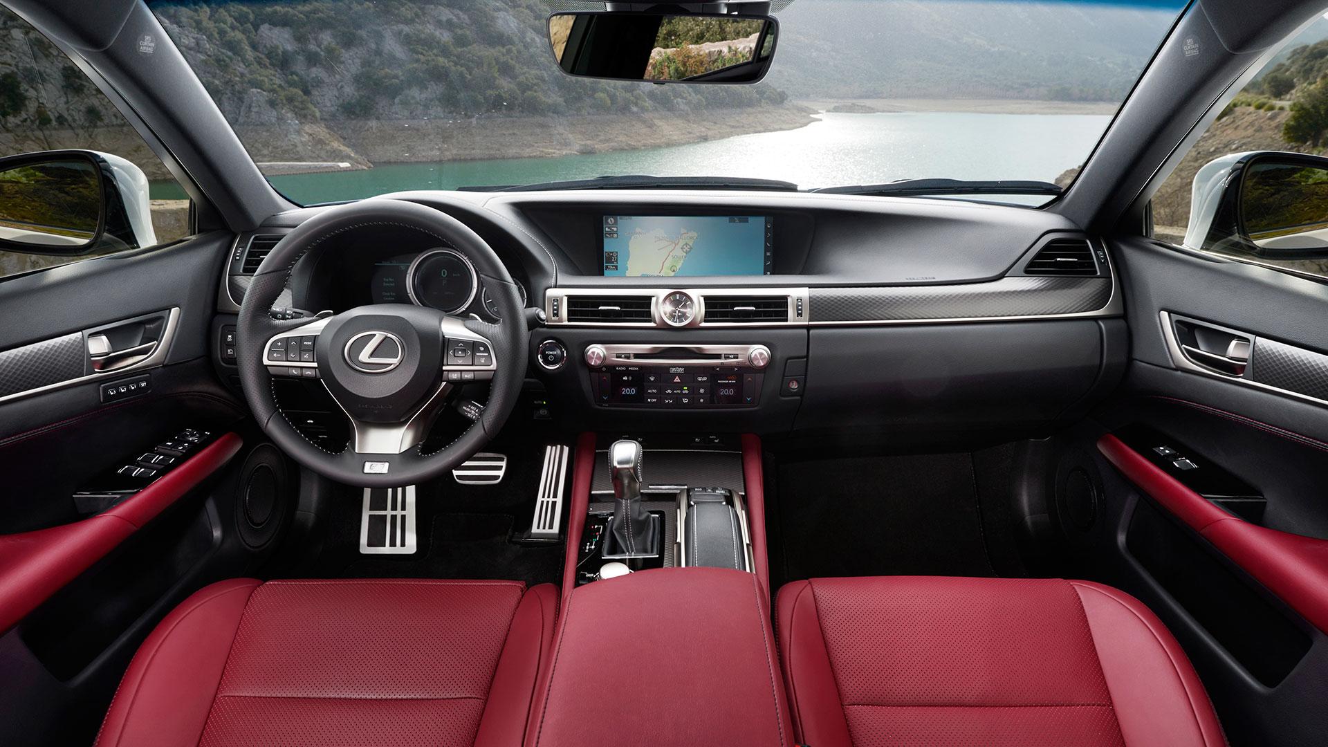 El habitáculo del Lexus GS 450h hero asset
