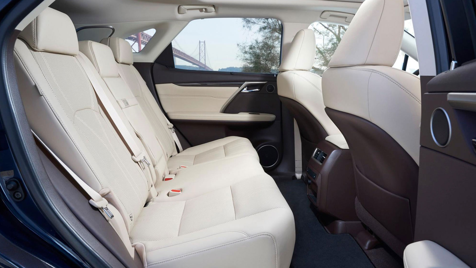 El mundo Lexus 1 hero asset