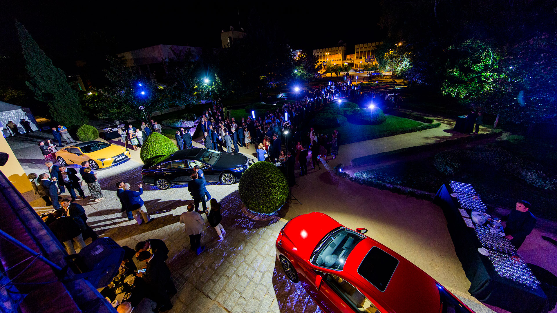 Inma Shara cantando en exclusiva para Lexus España