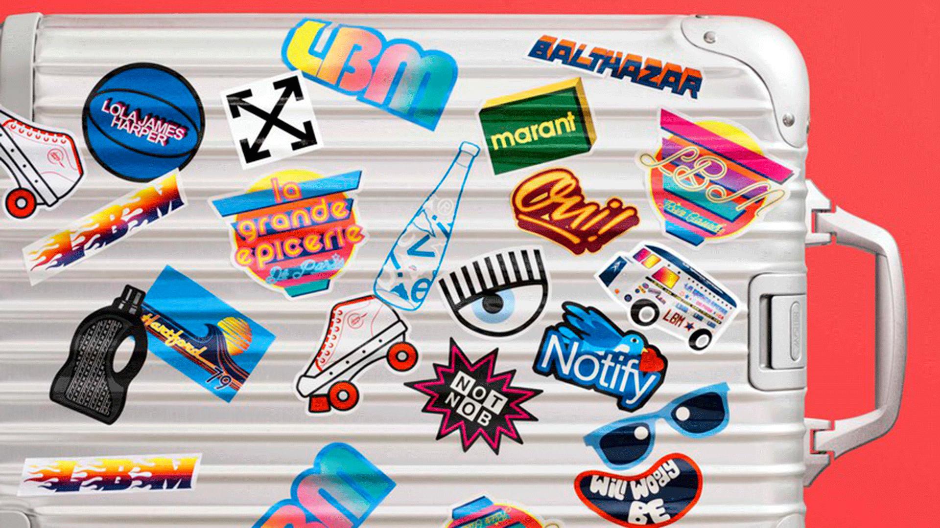 Cartel con varios logos de diferentes formas y tamaño