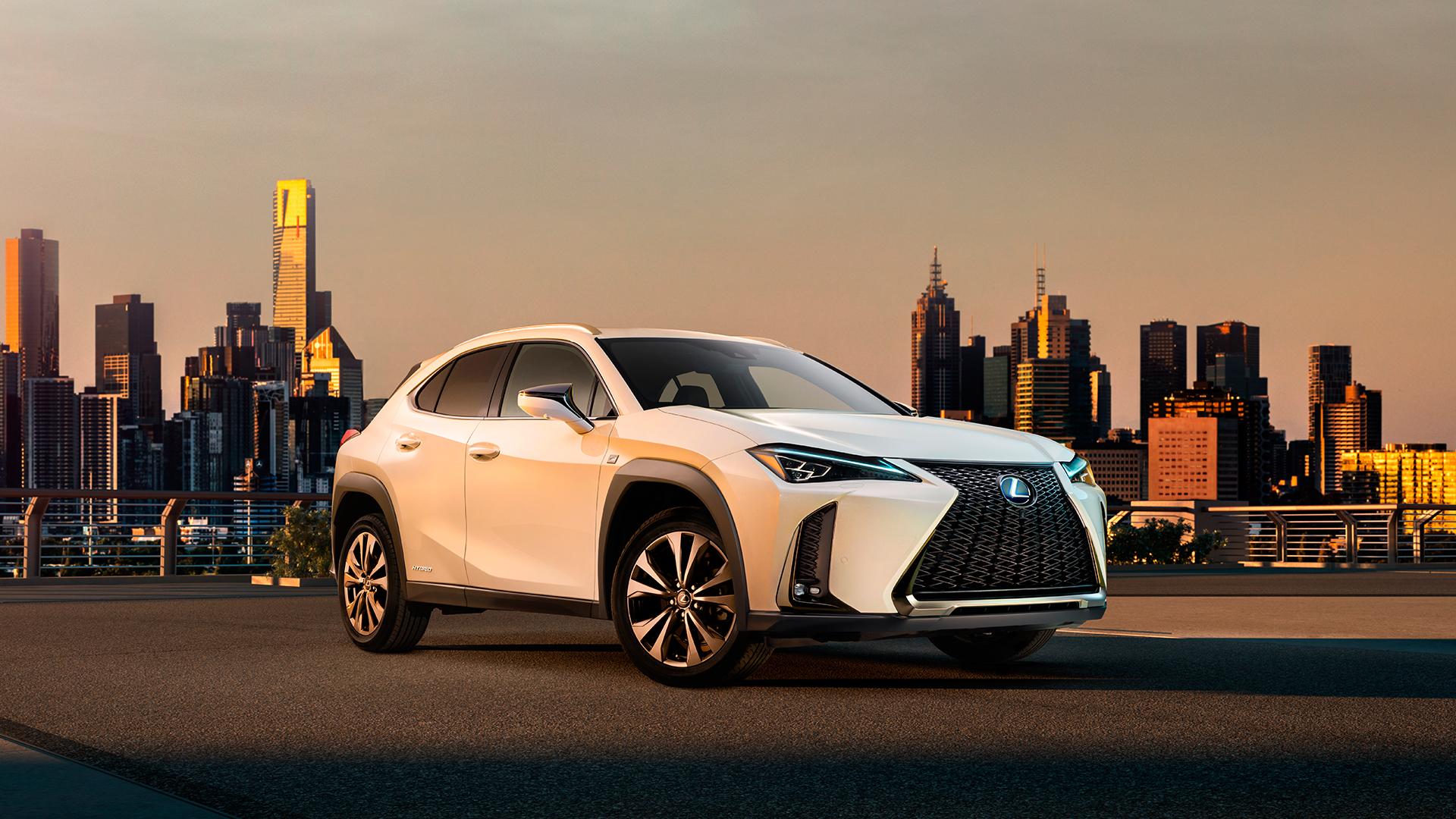 Primera imagen oficial del Lexus UX hero asset