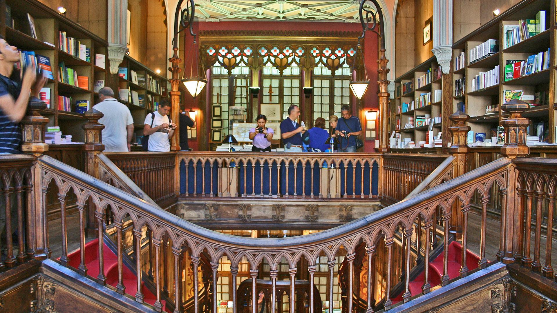 Librerias mundo hero asset