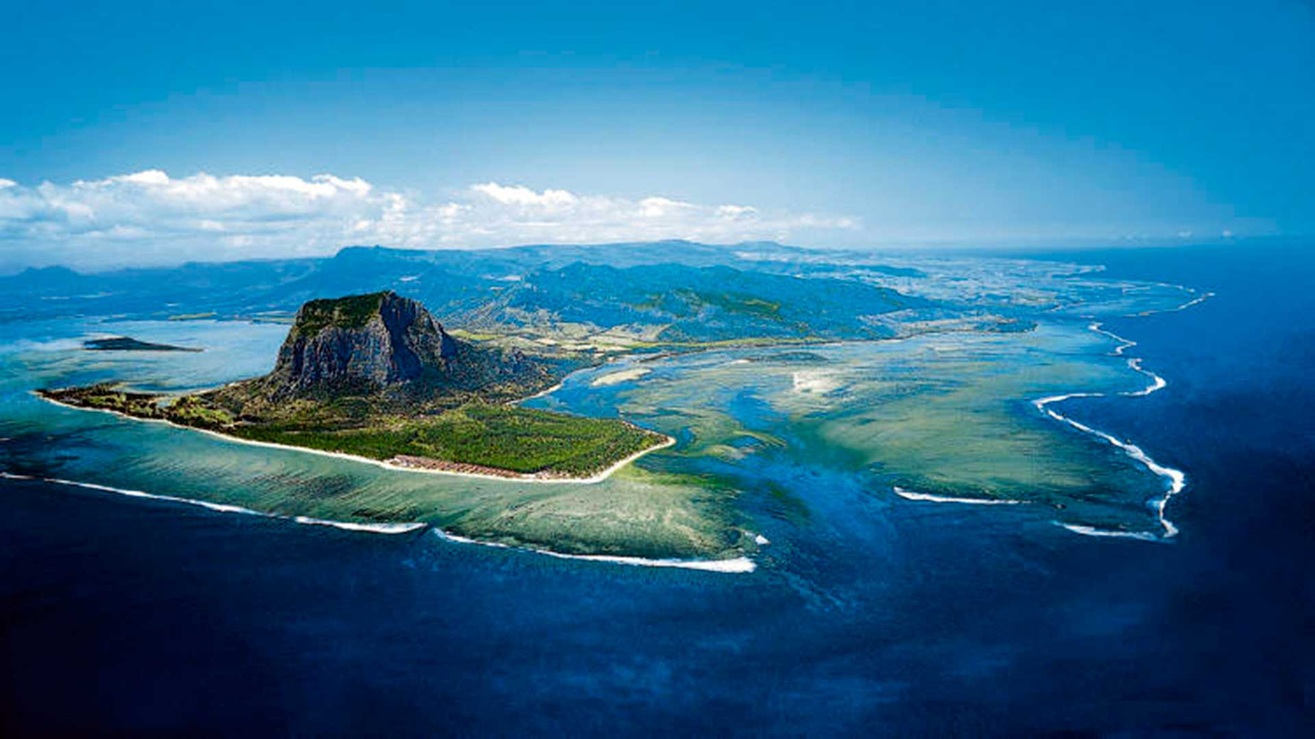 Isla Mauricio hero asset