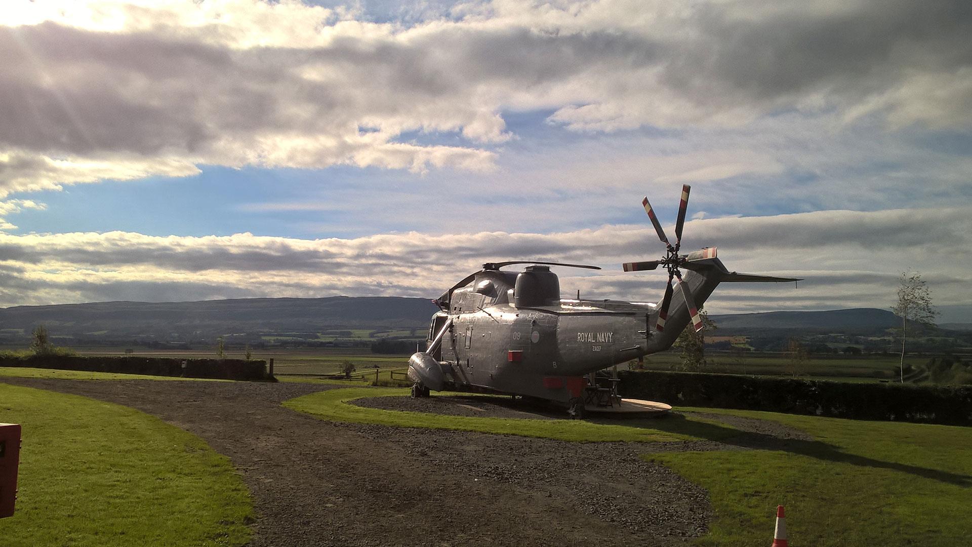 vacaciones en un helicóptero Lexus hero asset
