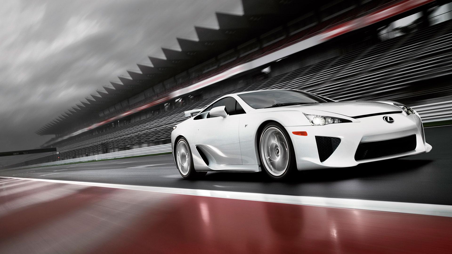 Una carrera con 20 Lexus LFA hero asset