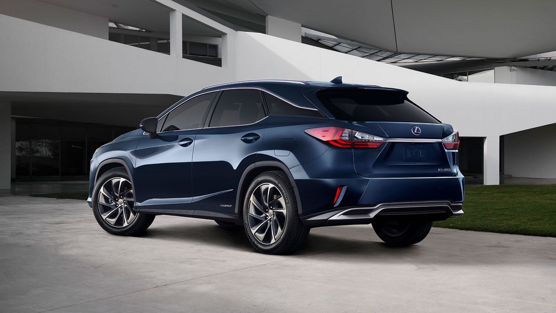 overview two three styles or d rlh models hybrid luxury lexus com rxl rx suv row lex