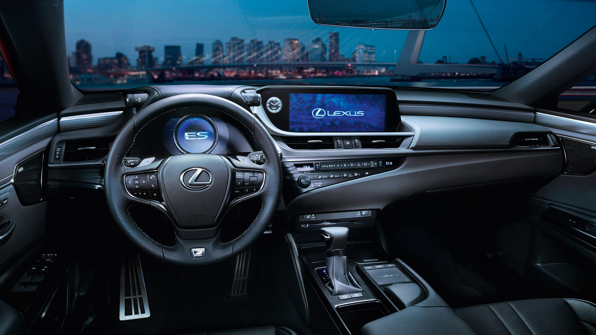 2019 Lexus Es Hybrid Gallery 005 Interior