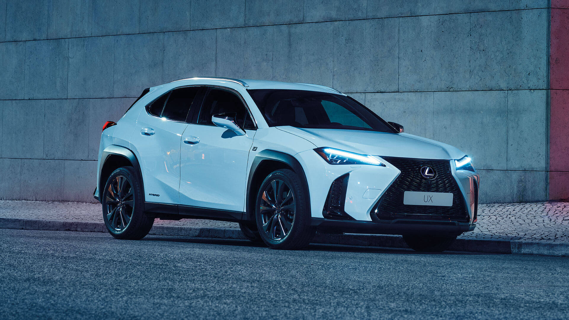 All New Ux Hybrid 2019 Compact Suv From 29905 New Lexus Uk