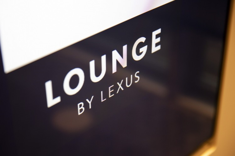 llb lounge sign
