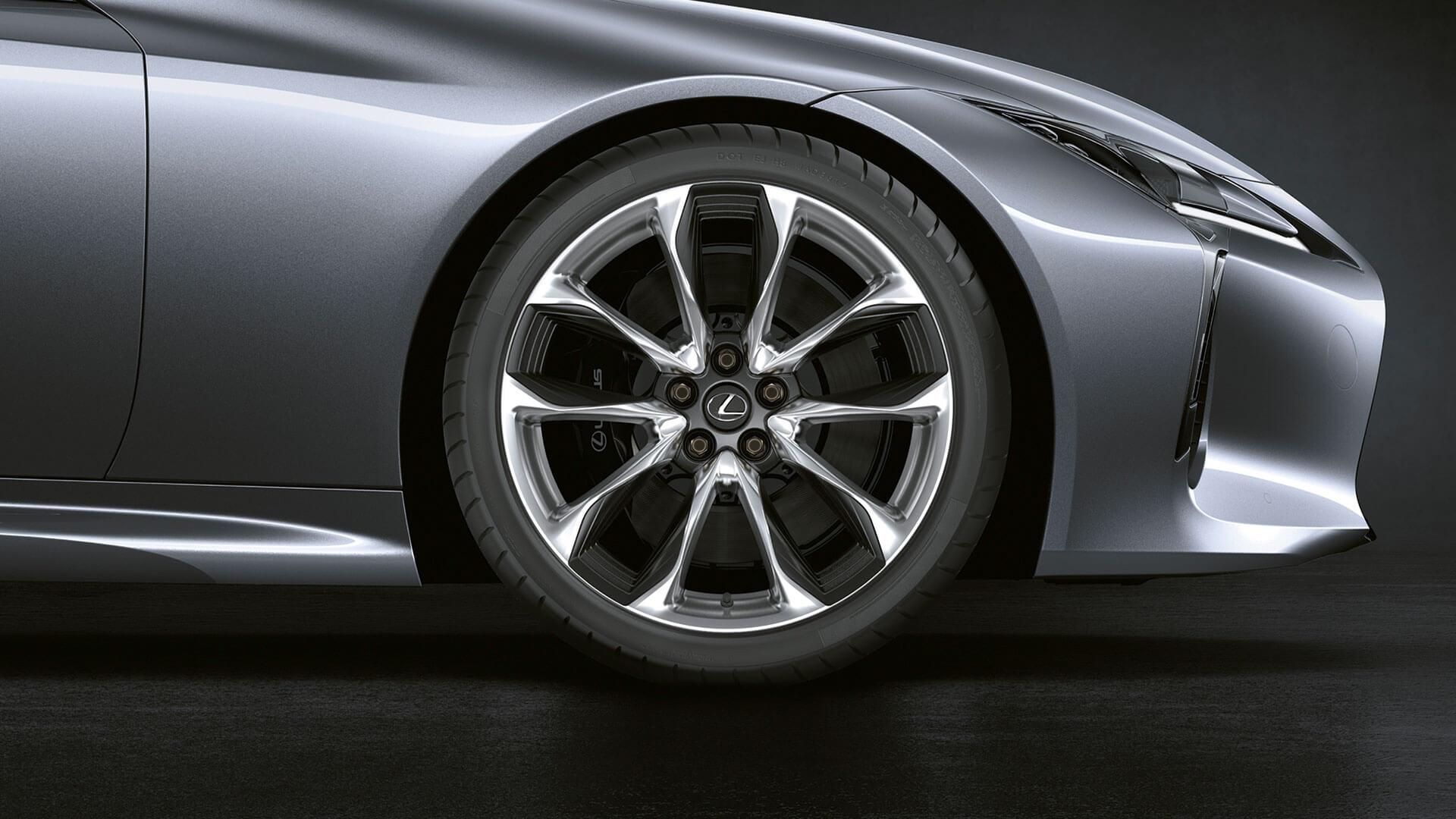 2017 lexus lc 500h features alloy wheels