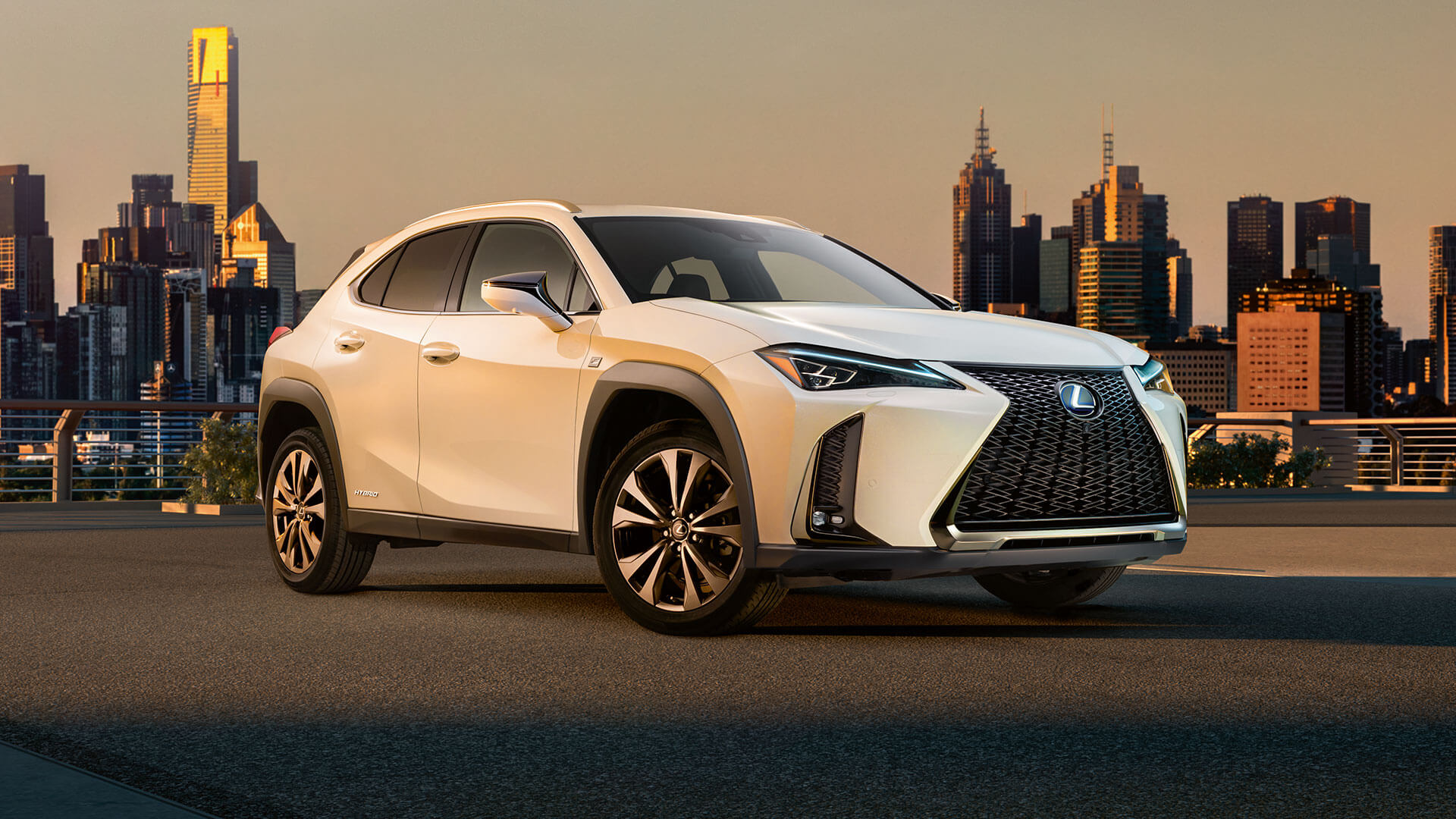 2019 lexus ux hybrid f sport cinemagraph cover