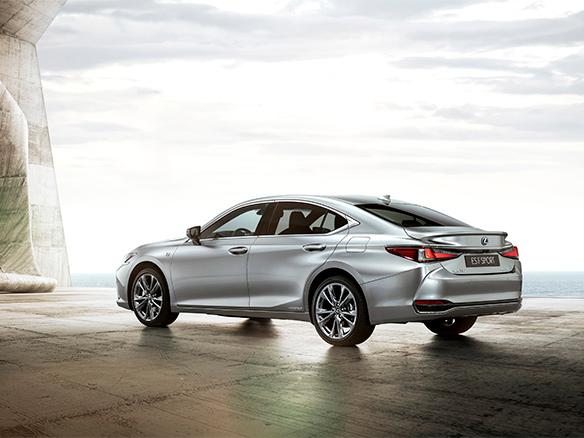 Lexus ES prestaties en verfijning