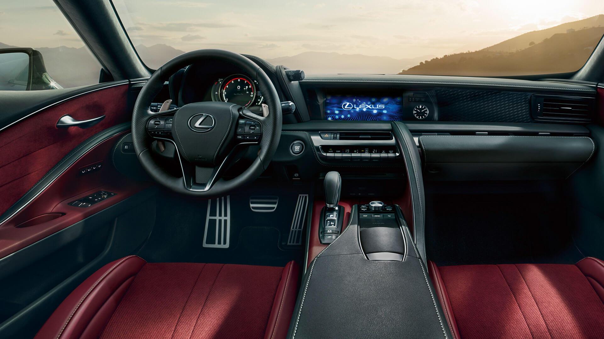 Interieur van een Lexus LC 500h