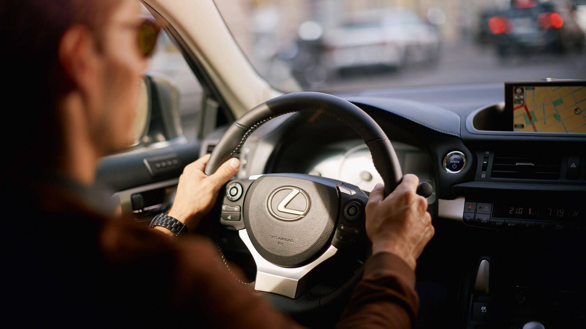 Stuur van een Lexus CT 200h