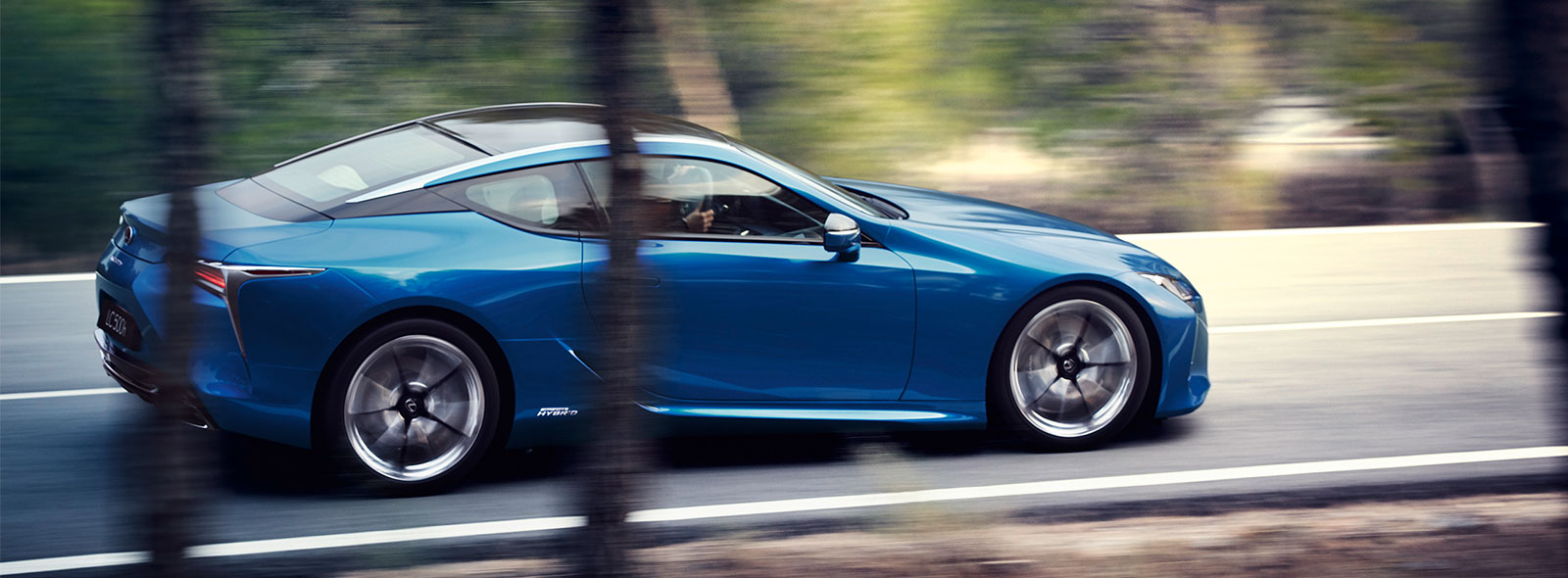 2017 Lexus LC 500h Driving Gallery 007