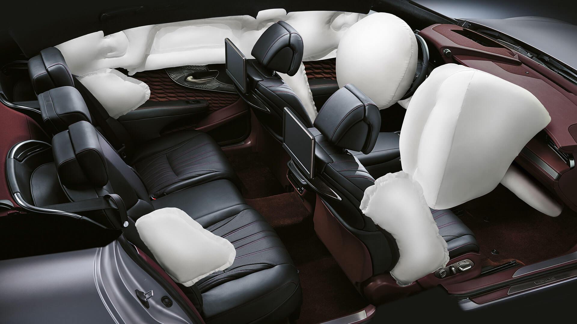 2018 lexus ls features fourteen airbags
