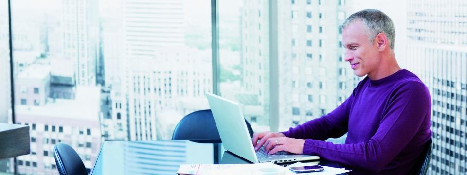 960x360 LFS man at desk alternate
