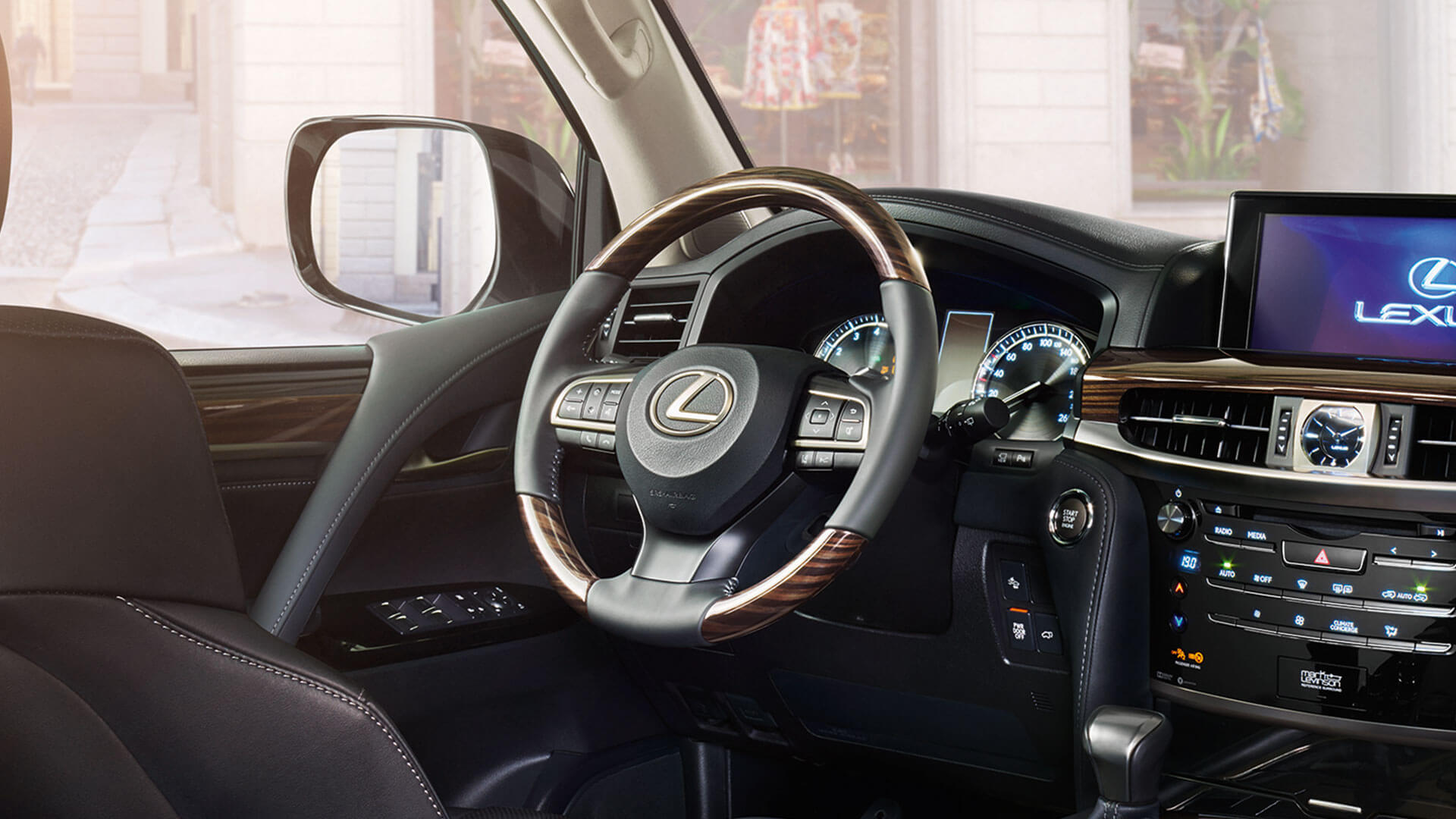 2017 lexus lx 570 features stearing wheel