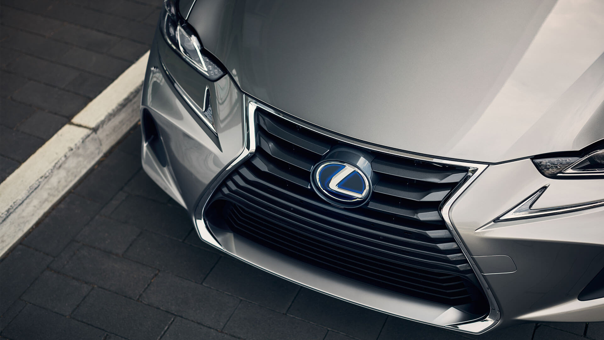 2017 lexus is 300h features spindle grill