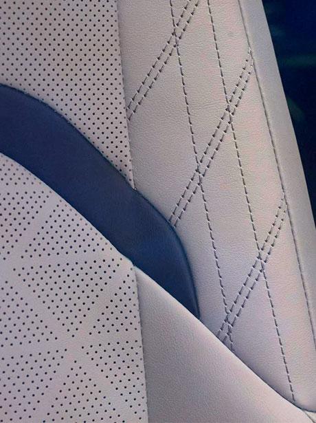 2018 lexus ux interactive craftsmanship interior colours seats thumb