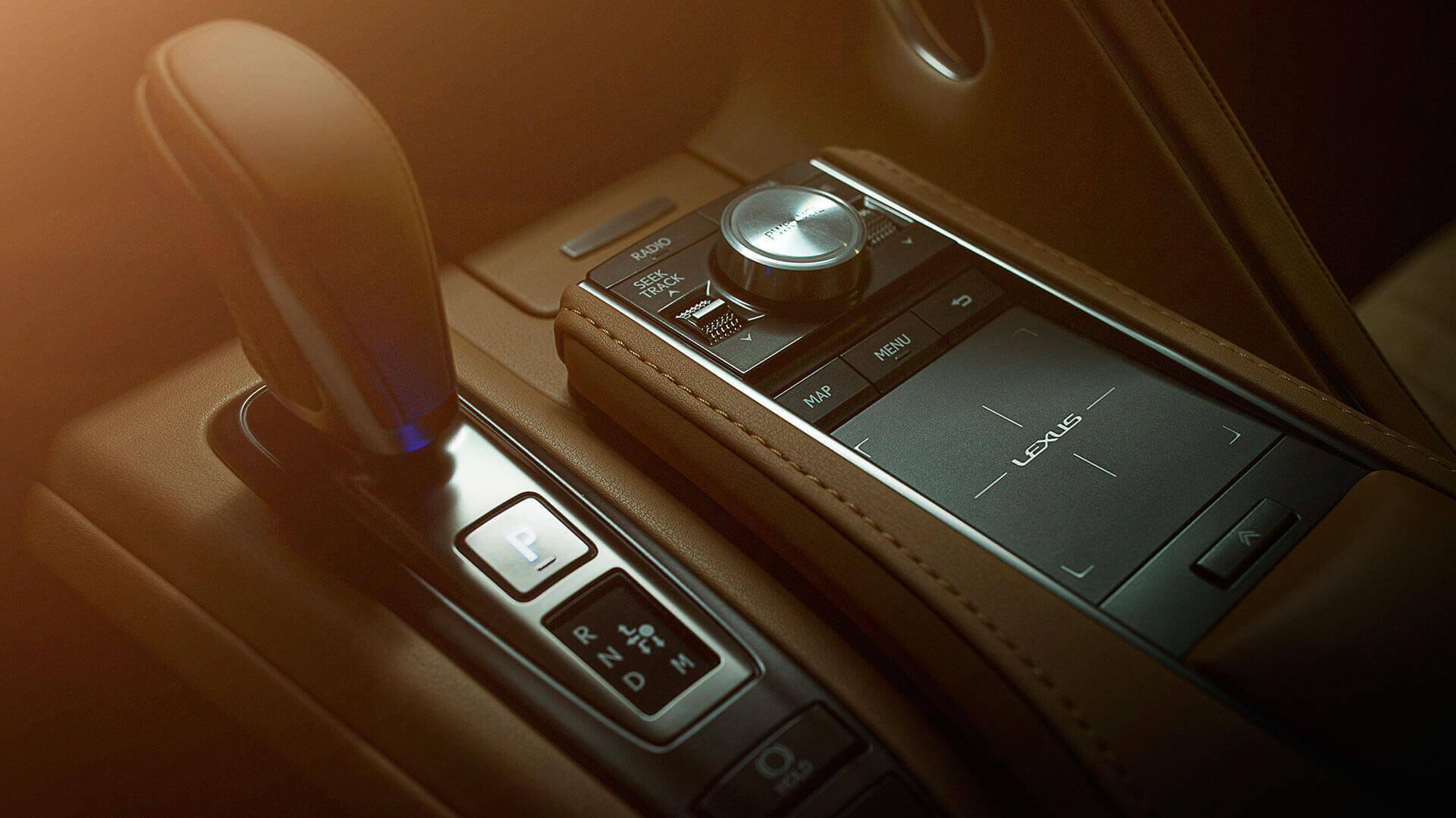 Lexus LC 500h 16