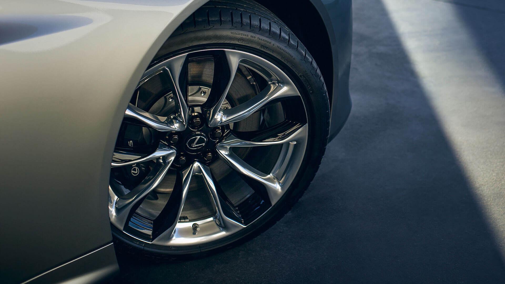 Lexus LC 500h 20