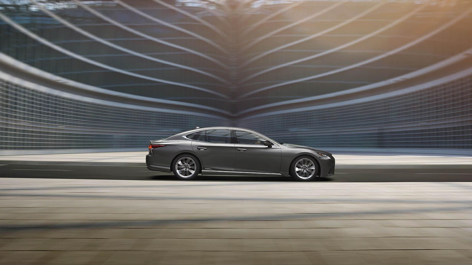 Lexus LS 6