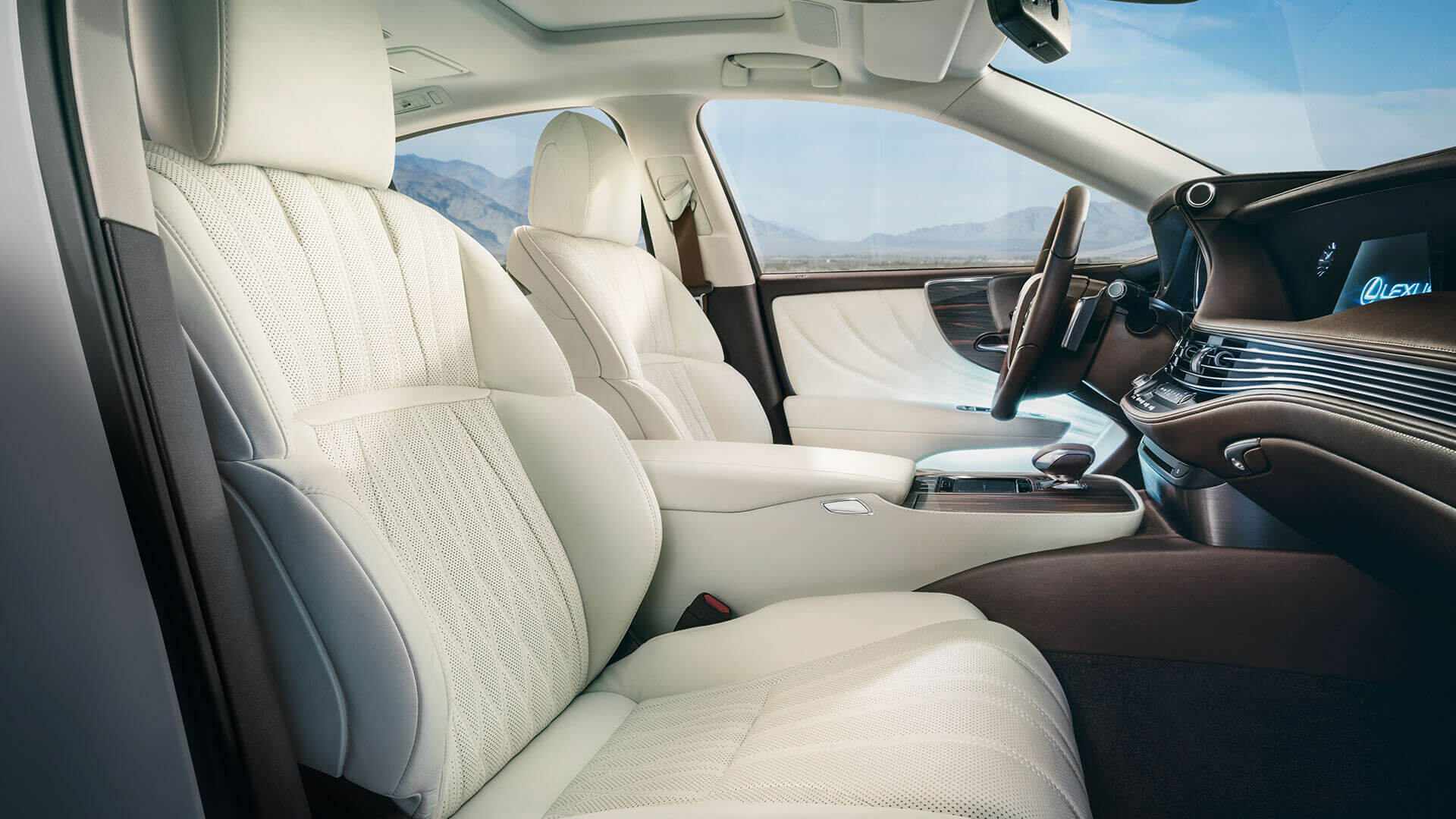 Lexus LS 12