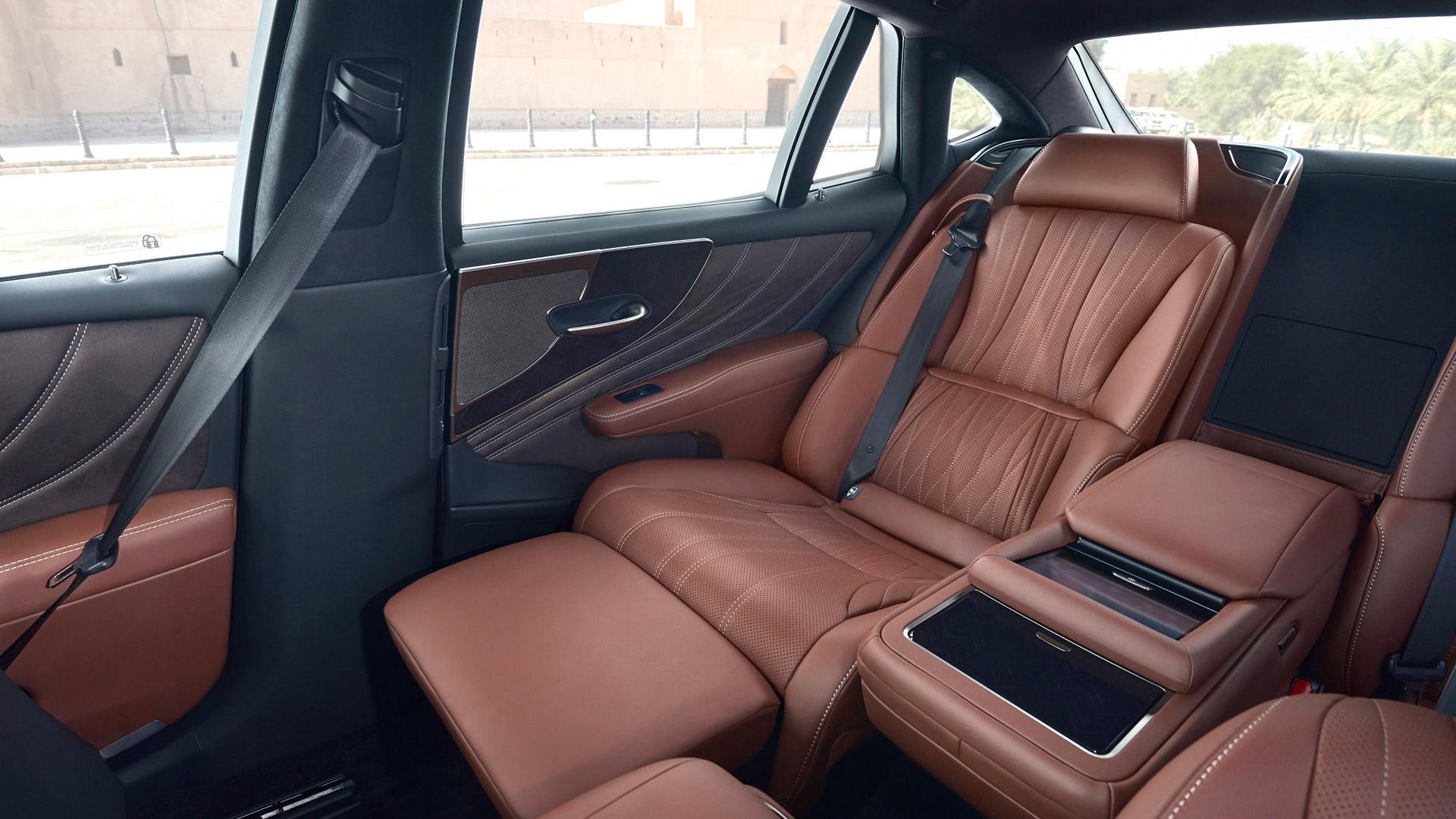 Lexus LS 500h gallery08