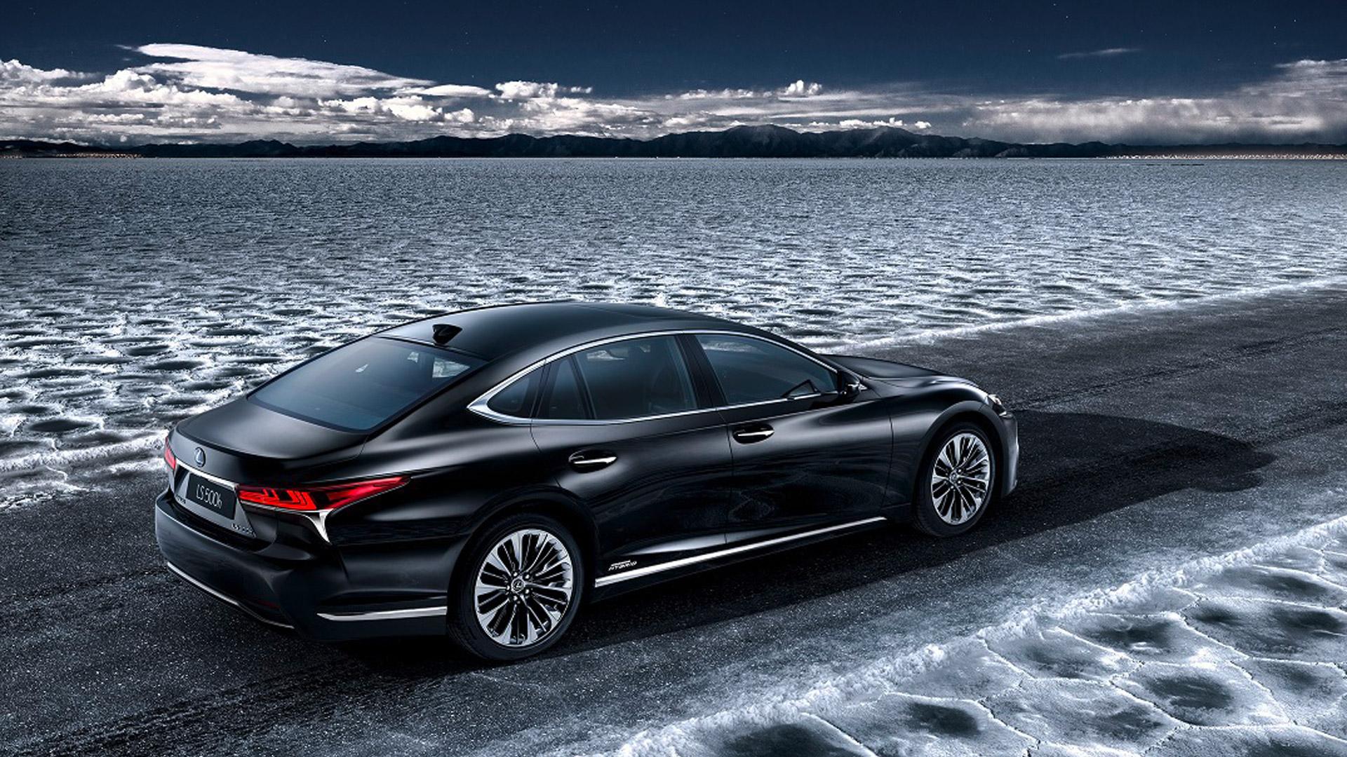 Lexus LS 500h gallery10