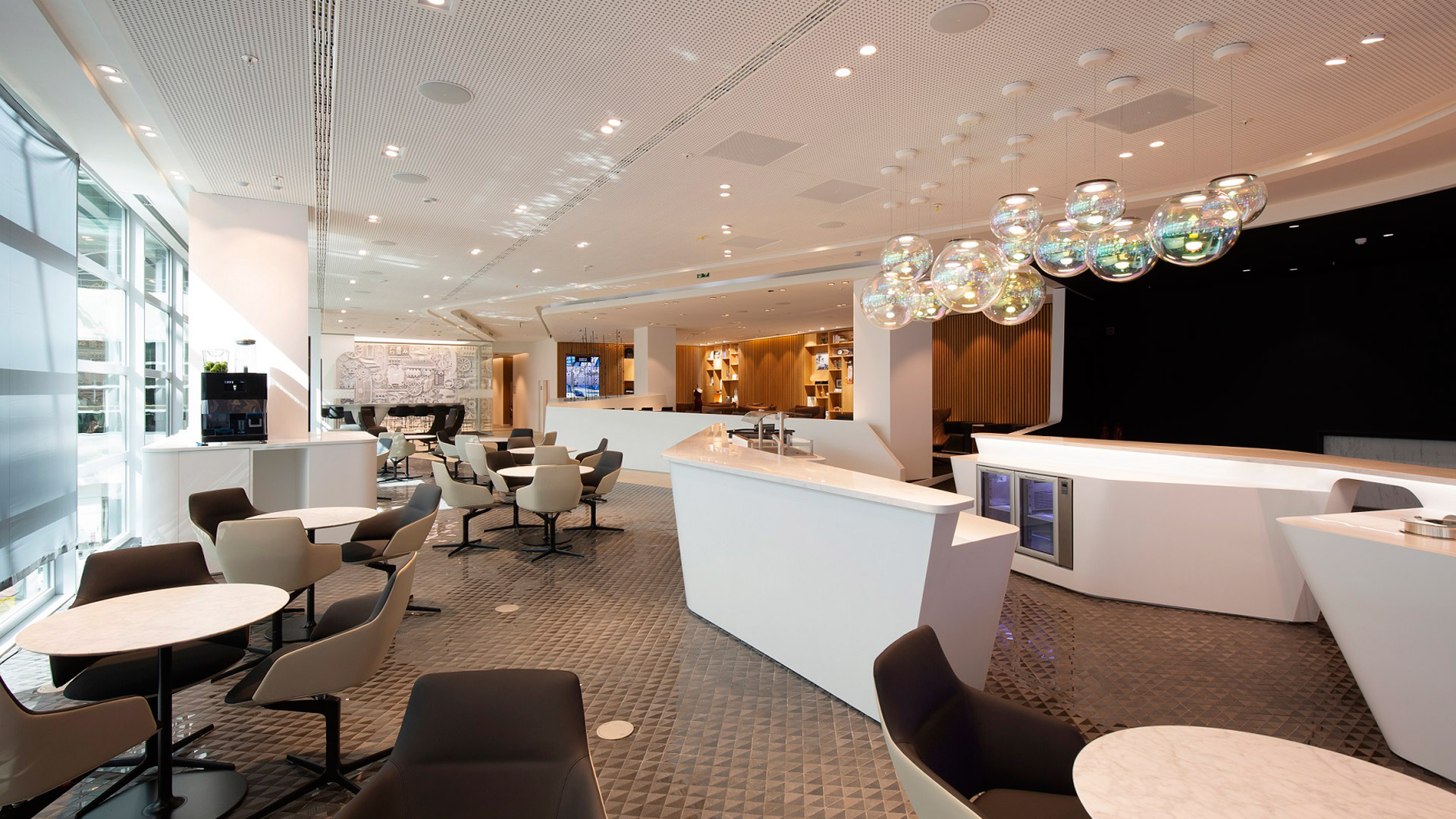 lounge by lexus