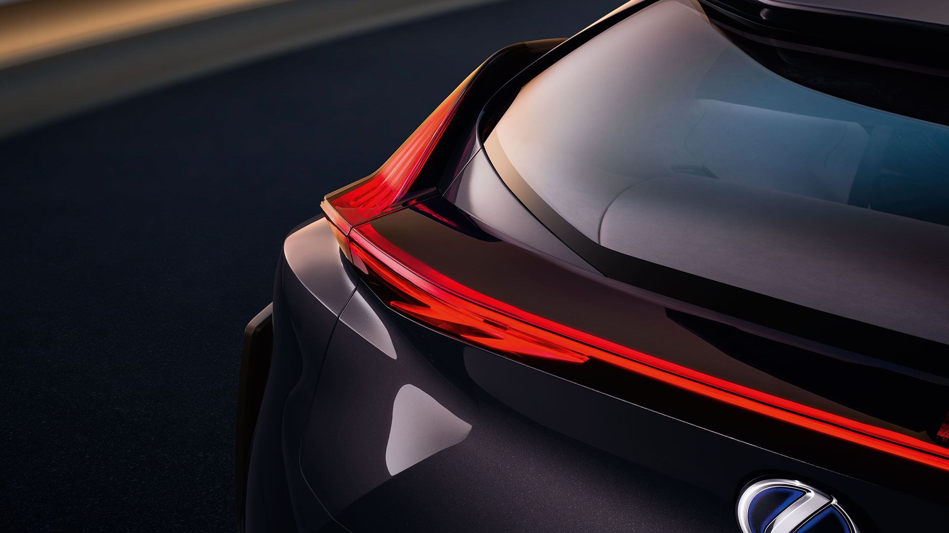 lexus ux section04 10